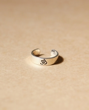 OM (AUM) knuckle & toe ring